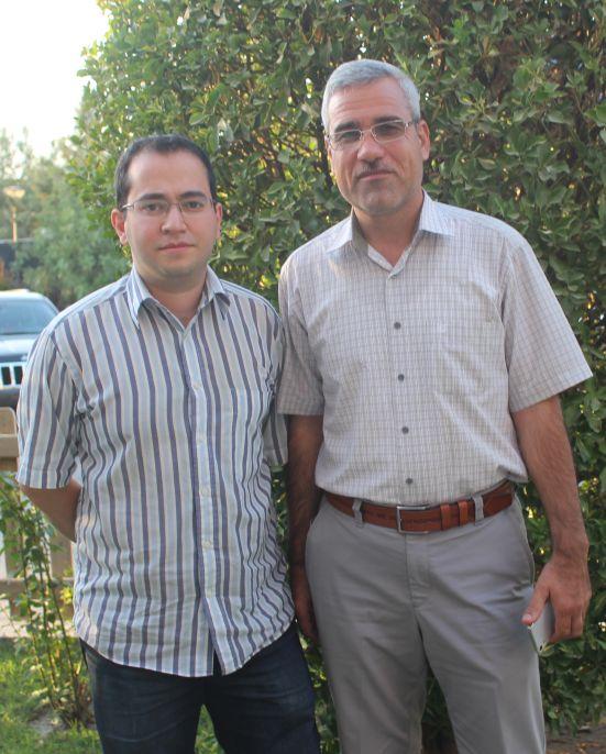 Abdullah Shirim med journalisten Deniz Serinci