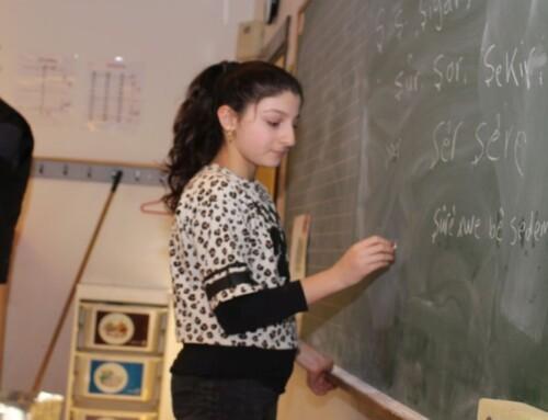 Børn lærer kurdisk i Græsted