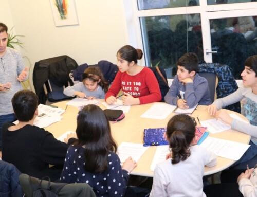 Børn lærer kurdisk i Holstebro