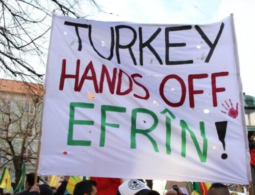 Tyrkiet bygger arabiske og turkmenske bosættelser i Efrîn